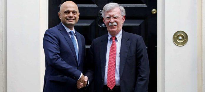 Begeistert vom Chaos-Brexit: US-Sicherheitsberater Bolton mit dem britischen Schatzkanzler Sajid Javid.