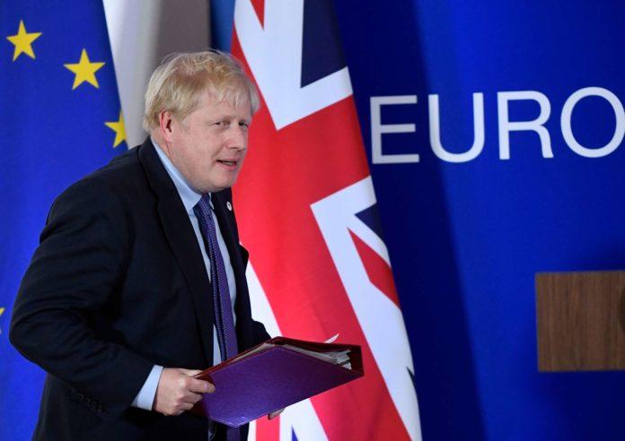 """Die Mehrheitsverhältnisse sprechen nicht für ein Ja zum Brexit-Deal, den der konservative Premier Johnson """"großartig"""" findet."""