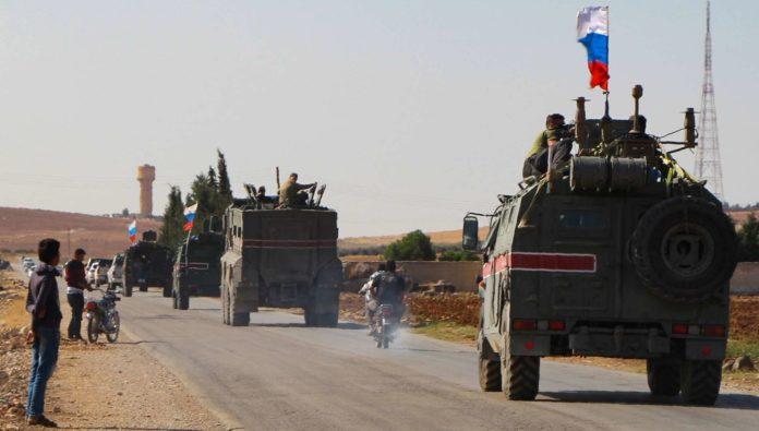 Russen-Konvoi auf dem Weg in die Kurdenstadt Kobane.