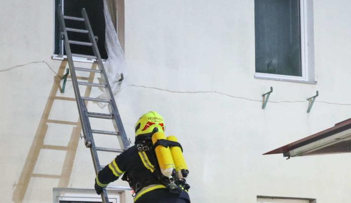 Drei Personen bei Wohnhausbrand gerettet