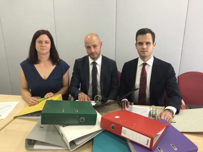 Auch wenn die strafrechtlichen Ermittlungen eingestellt wurden, ist für die Aufklärer-Allianz — Ursula Roschger (Grüne), Martin Hajart (ÖVP) und Felix Eypeltauer (Neos) — die Causa Aktenaffäre noch nicht erledigt.