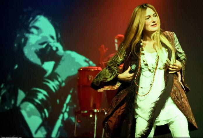 Die niederländische Janis Joplin, Muriel te Loo, sang die Hits der bereits mit 27 Jahren verstorbenen Symbolfigur der Hippiezeit.