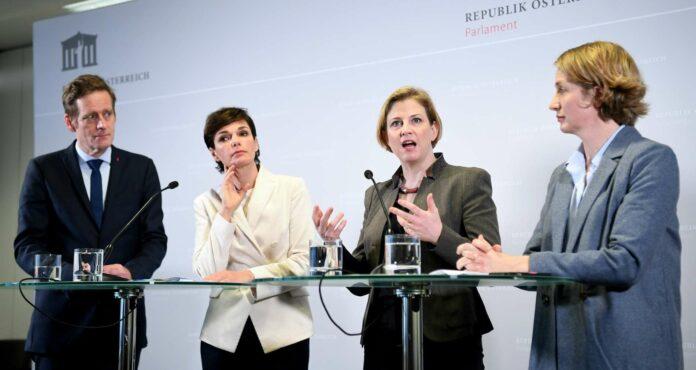 Demonstrierten Einigkeit (v. l.): Jan Krainer (SPÖ), SPÖ-Parteichefin Pamela Rendi-Wagner, Neos-Parteichefin Beate Meinl-Reisinger und Stephanie Krisper (Neos).