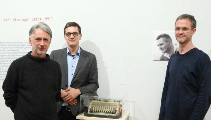 V. l.: Ausstellungsgestalter Thomas Pauli und die Kuratoren Georg Hofer und Helmut Neundlinger