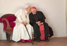 Anthony Hopkins und Jonathan Pryce als Benedikt und Franziskus