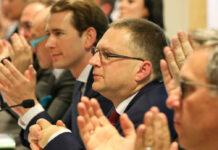 Anfang Jänner wurde August Wöginger (2. v. r.) mit 100-prozentiger Zustimmung wieder zum ÖVP-Klubobmann gewählt, heute kann er bei der Klausur in Mauerbach auch Bundeskanzler Sebastian Kurz begrüßen.