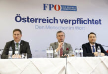 Bei der gestrigen Präsentation der Klausurergebnisse: Bgm. Andreas Rabl, FPÖ-Chef Norbert Hofer und LH-Stv. Manfred Haimbuchner.