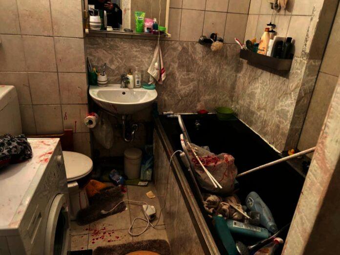 Den Beamten bot sich in der Wohnung des Paares ein erschreckendes Bild.