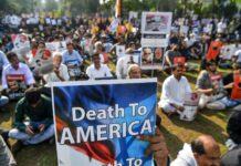 Trump hat sich mit seiner Politik nicht nur im Iran Feinde gemacht, in vielen Ländern (wie hier im indischen Mumbai) protestieren Muslime. Selbst bei Republikanern regt sich Unmut.