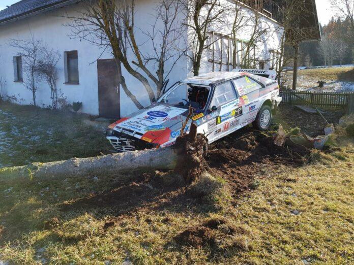 """Für """"Holzfäller"""" Christof Klausner im Audi Quattro war leider schon vor dem Start Endstation."""