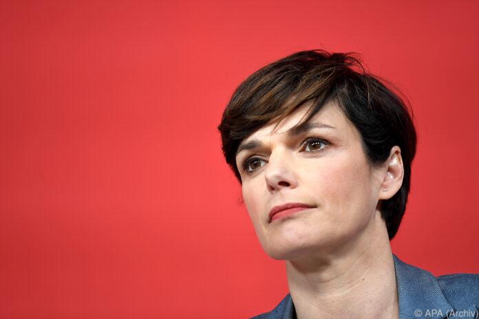 """Rendi-Wagner mit """"persönlicher Grenze"""" für Befragung"""