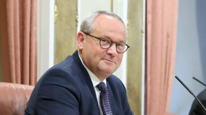 """Am Donnerstag vor einer Woche wurde der OÖVP-Abgeordnete Wolfgang Stanek von allen vier Fraktionen zum neuen Präsidenten des oberösterreichischen Landtages gewählt. Er wolle ein """"konsequenter Präsident"""" sein und der """"politischen Diskussion breiten Raum schenken"""", umreißt Stanek seinen Arbeitsstil."""