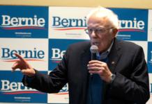 Bernie Sanders will die erste Vorwahl gewonnen haben.