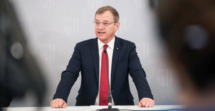 LH Thomas STelzer