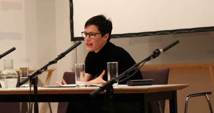 Gunda Schanderer vom Linzer Landestheater las aus dem Werk von Christine Lavant.
