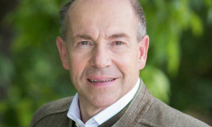 Wollen die Bauern auch in der Krise unterstützen: Ministerin Köstinger und Landesrat Hiegelsberger