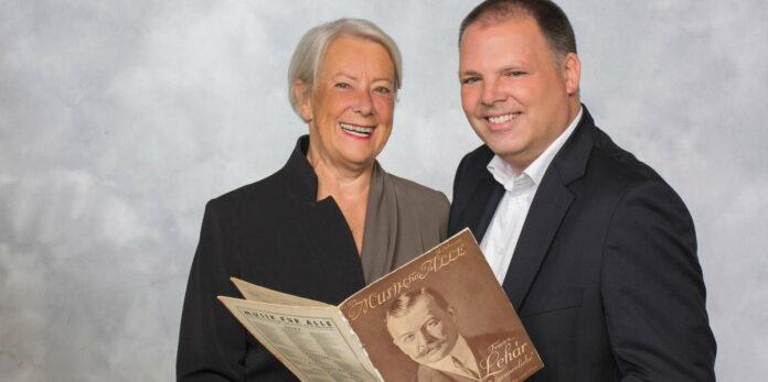 Haben das neue Léhar-Buch herausgegeben: Heide Stockinger und Kai-Uwe Karrels.
