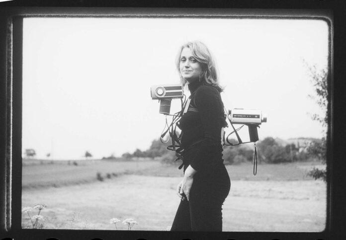 "VALIE EXPORT, Film ""Adjungierte Dislokationen"", 1973"