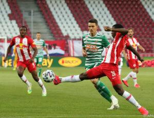 Salzburg nach 2:0-Sieg gegen Rapid fünf Punkte voran