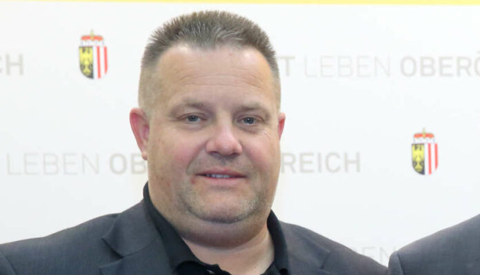 Landeskulturdirektor Reinhold Kräter tritt zurück.