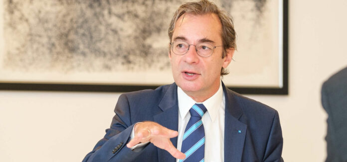"""Axel Greiner: """"Schwierige Studien gibt es nicht. Schwierig ist nur das, was ich nicht gerne mache.""""""""Die Covid-Auswirkungen sind massivst"""", sagt IV-OÖ-Präsident Axel Greiner im Interview."""