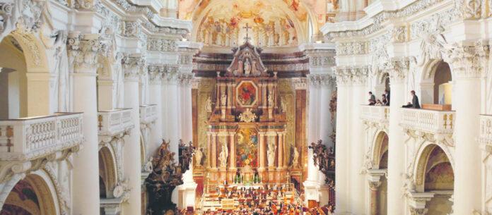 Die Stiftsbasilika ist einer der Schausplätze der Brucknertage.