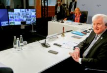 Seehofer bei der Online-Konferenz mit seinen EU-Ressortkolleginnen und -kollegen