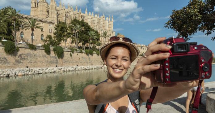 In den offiziellen Statistiken werden für die Ferieninsel Mallorca geringe Corona-Infektionswerte angeführt.