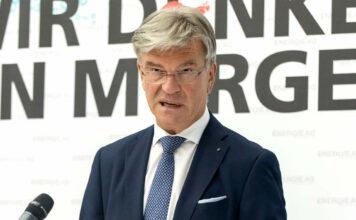 Energie-AG-Generaldirektor Werner Steinecker sieht die Versorgung durch sein Unternehmen gesichert.
