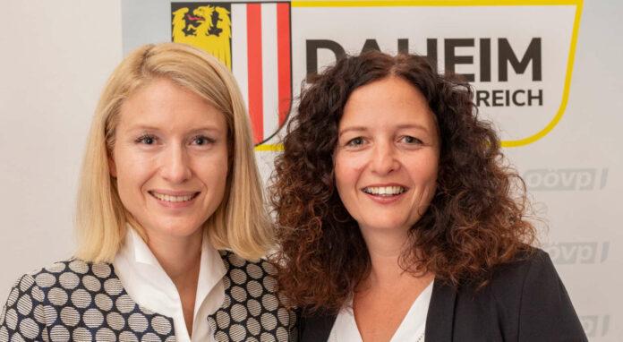 LH-Stv. Christine Haberlander und ÖAAB-Landeschefin Cornelia Pöttinger (r.) demonstrierten schon vor Corona ihren Schulterschluss — auch beim Thema Pensionssplitting.