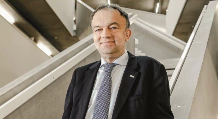 JKU-Rektor Meinhard Lukas