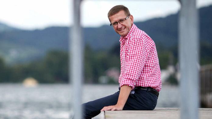Wirtschafts- und Tourismus-Landesrat Markus Achleitner freut sich über eine deutlich bessere Buchungslage als erwartet und sieht positiv in die nächsten Wochen.