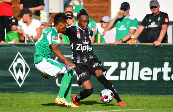 Neuzugang Mamoudou Karamoko zeigte in wenigen Momenten gute Ansätze, war aber noch kein entscheidender Faktor im Offensivspiel der Linzer.