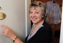 """2010 hatte sie noch ein Türschild in der Lindenstraße. Nach 34 Jahren ist zwar Schluss mit """"Mutter Beimer"""", doch an den Ruhestand denkt Marie-Luise Marjan nicht."""