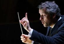 """Bruckner-Orchester-Chef Markus Poschner wurde mit """"Tristan und Isolde"""" für die beste musikalische Leitung ausgezeichnet."""