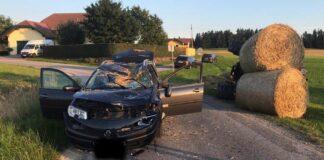 Das Auto des 35-Jährigen wurde vom Traktor schwer beschädigt.
