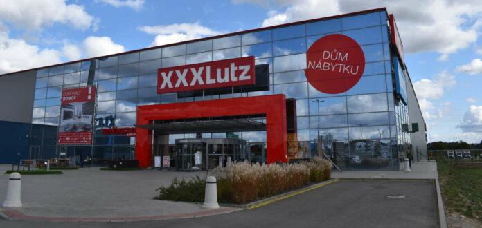 Sieben im Vorjahr übernommene ehemalige Kika-Filialen wurden am Montag in Tschechien unter der Marke XXXLutz neu eröffnet.