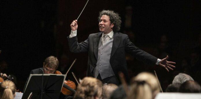 Gustavo Dudamel und die Wiener Philharmoniker bei den Salzburger Festspielen.