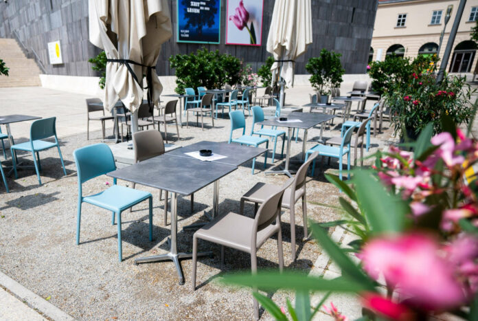 Viele Gast- und Schanigärten sollen auch im Winter offen halten. In Linz sind bereits 50 Anträge gestellt.