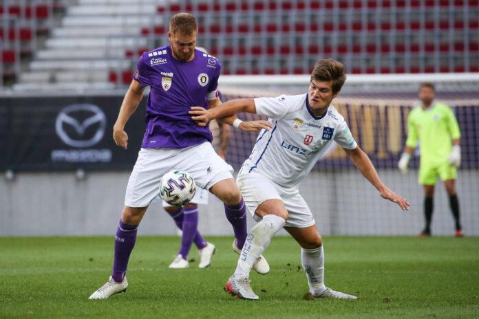 Stefano Surdanovic (r.) war das Um und Auf in der Offensive, Blau Weiß konnte aber Klagenfurt (Markus Rusek) nicht stoppen.