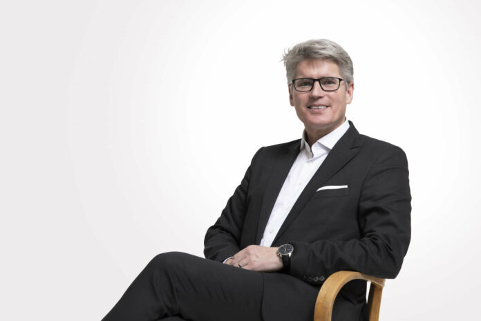 Leitet seit 2019 dieGeschicke des Landestheaters in kaufmännischer Hinsicht:Thomas Königstorfer.