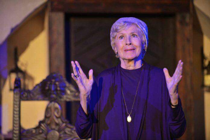 Waltraut Haas (93) als Jedermanns Mutter
