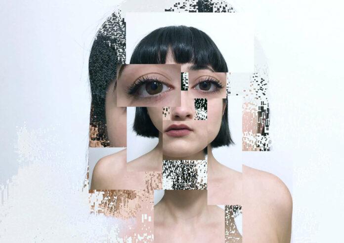 """Über ein Fernsteuerung kann man Fragmente eines Porträts neu zusammensetzen: """"Portrait of a Generative Memory"""" von Indiara de Benedetton geht der Frage nach der Identität nach."""