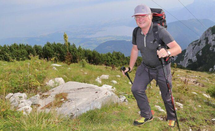 Der Bischof als begeisterter (Berg-)Wanderer: Das Berg-Foto entstand im August 2016 auf dem Feuerkogel.