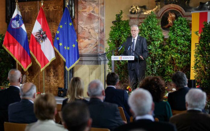"""""""Kärnten ist einen weiten Weg gegangen, einen Weg der Versöhnung"""", sagte Bundespräsident Van der Bellen."""
