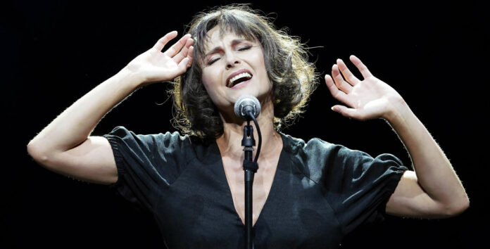 Begeistert derzeit als Edith Piaf: Daniela Dett