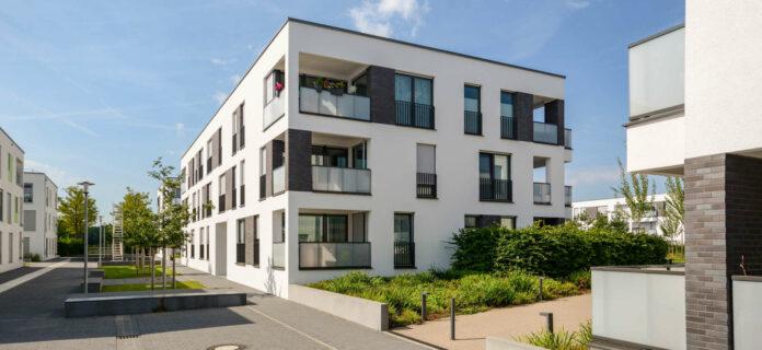 In den Landeshauptstädten gibt es kaum noch Wohnungen unter 150.000 Euro zu kaufen.