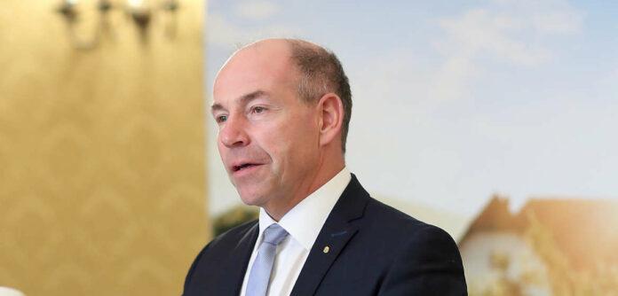 Seit zehn Jahren im Amt: LR Max Hiegelsberger