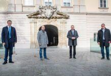 V. l.: Gemeinsamer Einsatz für den Erhalt des MAN-Standorts Steyr: LR Achleitner, Kutsam, LH Stelzer und Schwarz