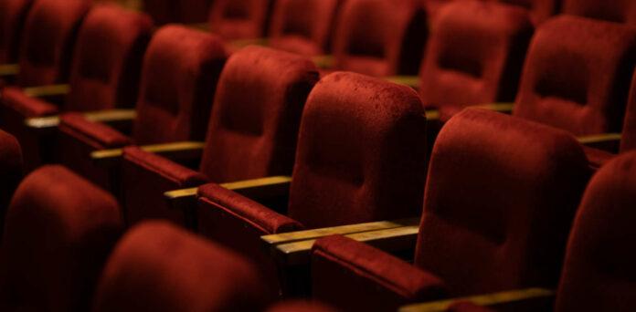 Corona beutelt die Kinobranche schwer: Der Kater vom Lockdown im Frühjahr war noch gar nicht richtig verdaut, da bleiben nun im Spätherbst erneut die Säle leer.